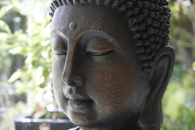 Rilassa la mente con i Mantra