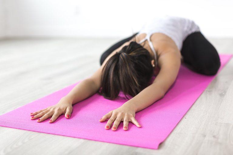 Come migliorare l'autostima con lo Yoga