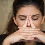 Mal di testa: Asana Yoga per prevenirlo e curarlo