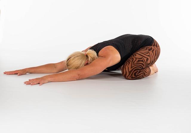 Alleviare i dolori lombari con lo Yoga