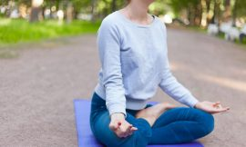 Lo Yoga della conoscenza: Jñāna Yoga