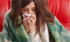 Prevenire l'influenza e i malanni stagionali con lo Yoga